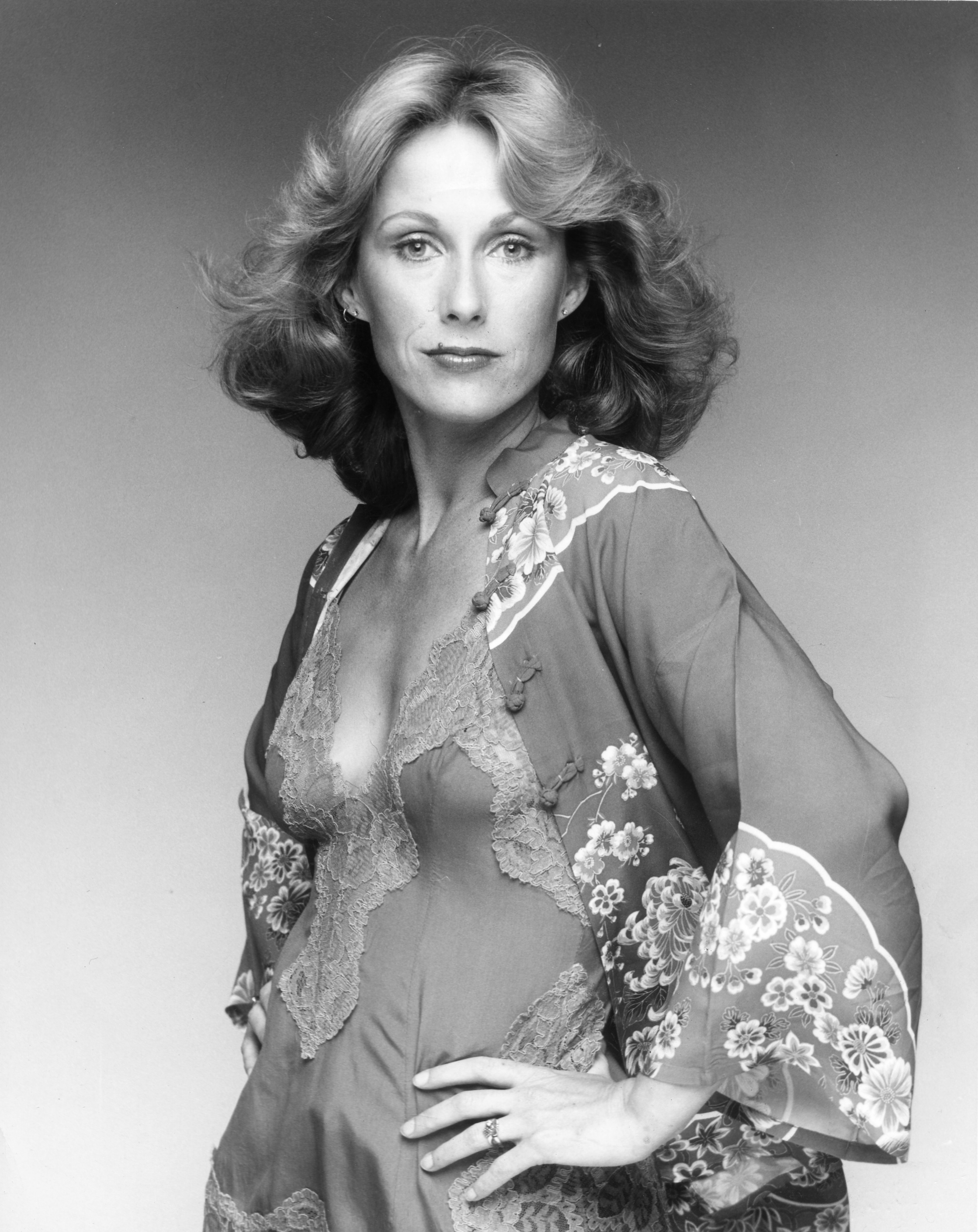 Phyllis Barry,Gale Robbins Hot pics & movies Jessica Jacobs,Sonya Walger