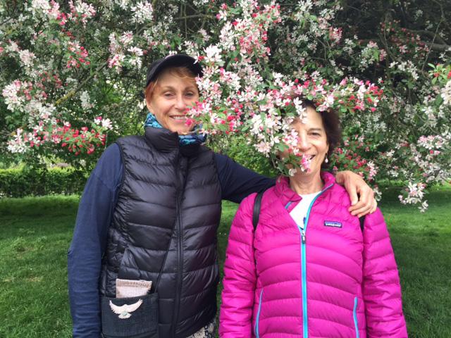 Amanda and Michele in Regent's Park